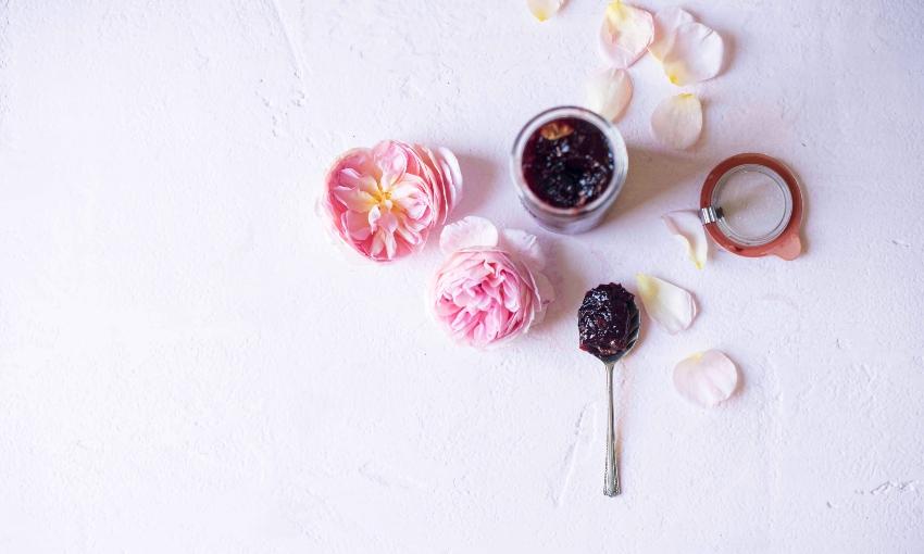 damson plum and rose jam